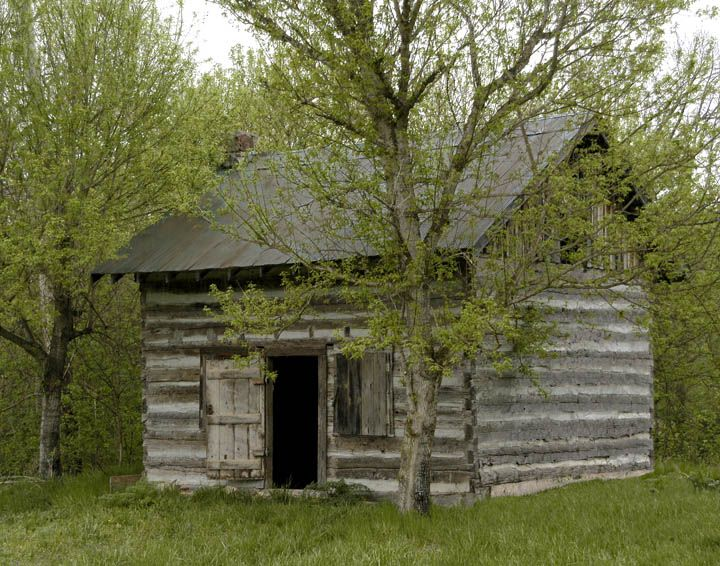 Best 25 old cabins ideas on pinterest red windows for Old rustic cabins