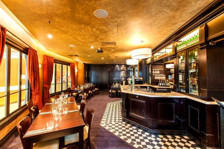 PJ O'Brien's Side Bar - Best Bars in Melbourne #bars #interiors #design #nightlife #Melbourne #Australia #hiddencitysecrets #bars #interesting #venues #southbank