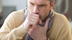 Principais causas e como curar a Tosse Seca persistente