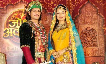 Selain film Mahabarata, film ini juga layak dan menarik untuk ditonton http://satuasa.com/2014/08/cinta-dan-toleransi-jodha-akbar/
