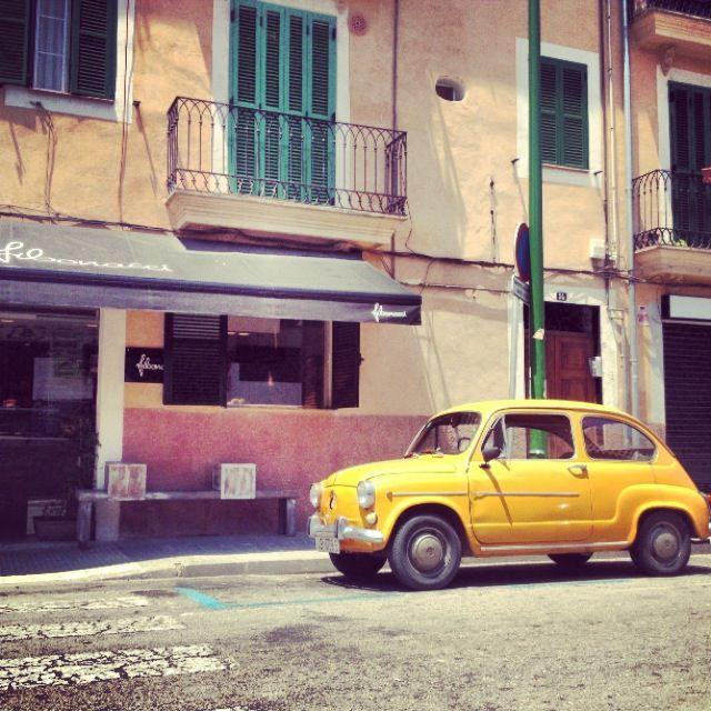 Car parked outside Fibonacci, Santa Catalina, Palma de Mallorca