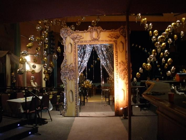 A portable palace makes ordinary event venues beautiful for How can prom venues be decorated