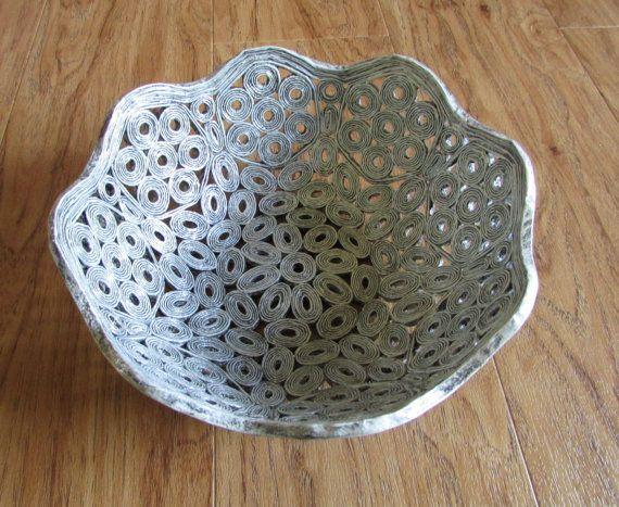 Tazón de fuente de la cesta hecha a mano de por fantasmaniaxx                                                                                                                                                                                 Más