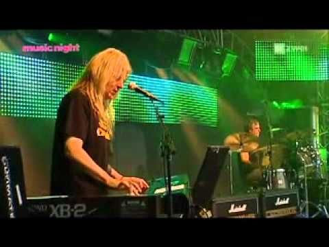 Bonnie Tyler Magic Night 2010 - Lost In France #lostinfrance #2010 #magicnight #bonnietylervideo #music #rock #thequeenbonnietyler #therockingqueen #rockingqueen #2010s #bonnietyler