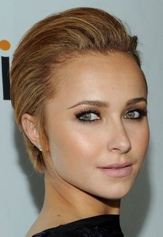 Actress Hayden Panettiere looks particularly striking with her short hair combed back and out of her face.
