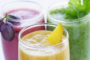 Smoothie recipes for breastfeeding moms are best sweetened with fruit or dried fruit such as dates and not processed sugar. When you have a well balanced diet, they will come less because your body will be satisfied and both of your immune systems will get a boost.