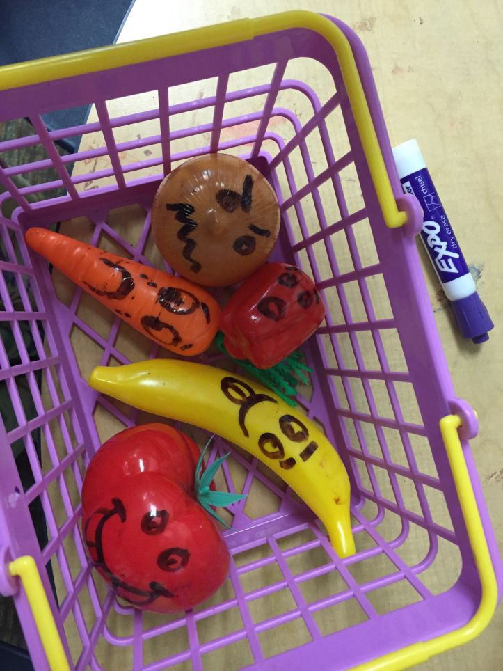 Play therapy activities with plastic food – Art of Social Work