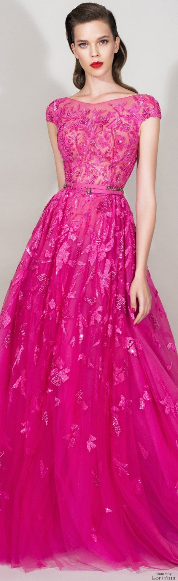 Zuhair Murad Resort 2016 I love P I N K this dress is stunning, bringing a very 1950's vibe with a modern silhouette.