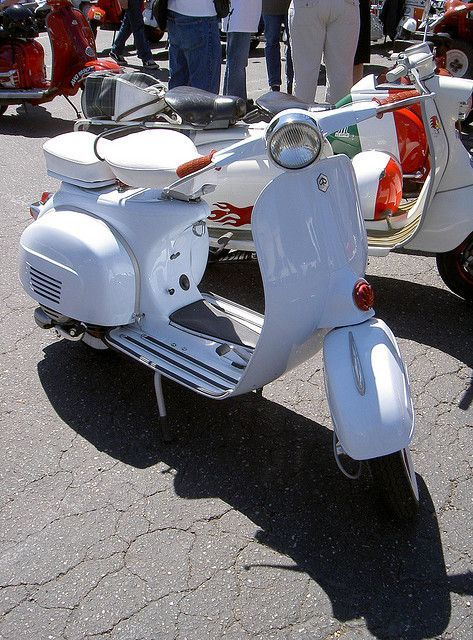 1000 Images About Vintage 1960 S Motorscooters On