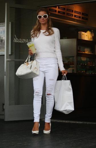 paris hilton <3 ripped jeans