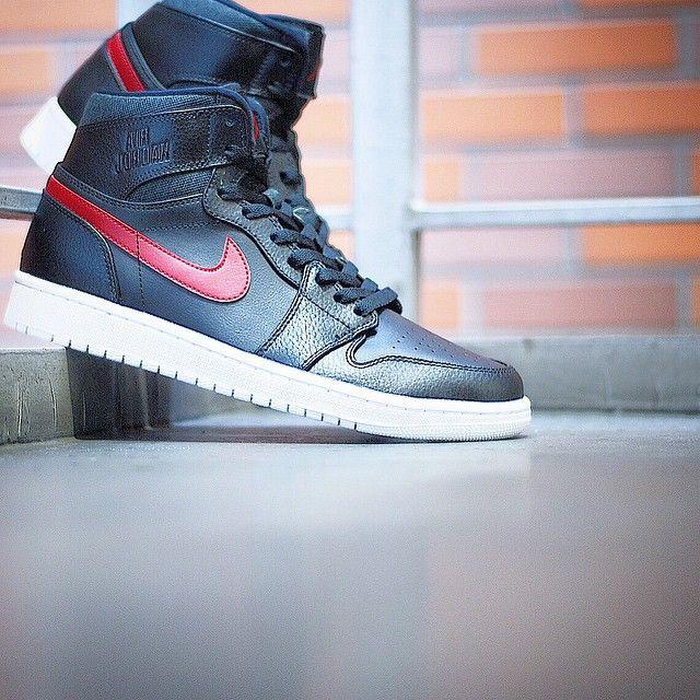 """Nike Air Jordan 1 """"Rare Air"""""""