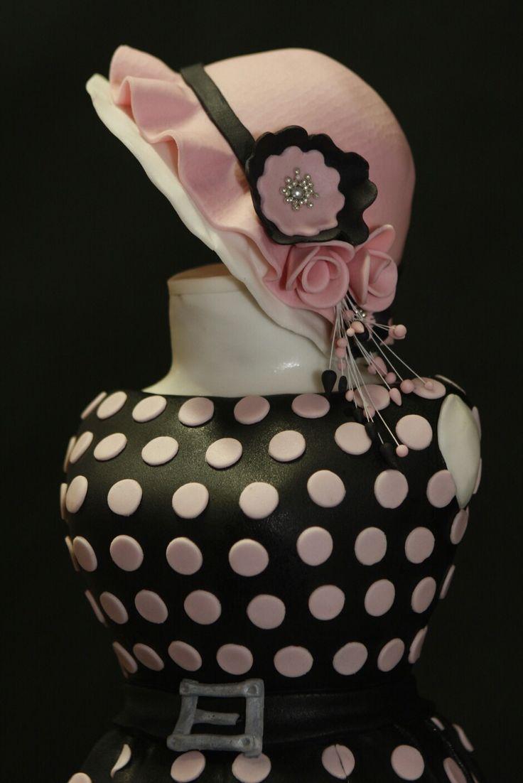 Sweet dress 3D cake detail