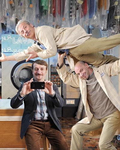 Wind - un nuovo spot TV con Aldo, Giovanni e Giacomo per Passa a Wind
