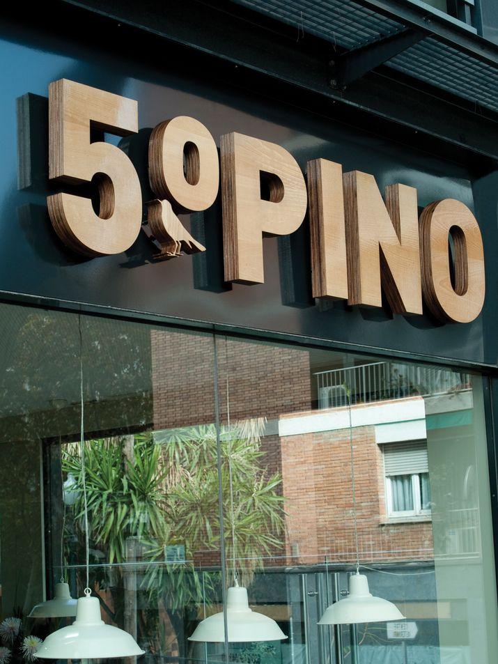 Bar Restaurante 5ºPino muy recomendable para tomar algo rápido en la zona alta Barcelona