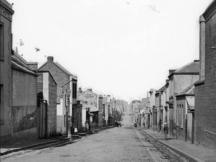 Little Lonsdale St,Melbourne in Victoria in 1880.