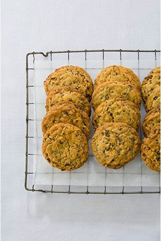 Toll House Chocolate Chip Biscuits