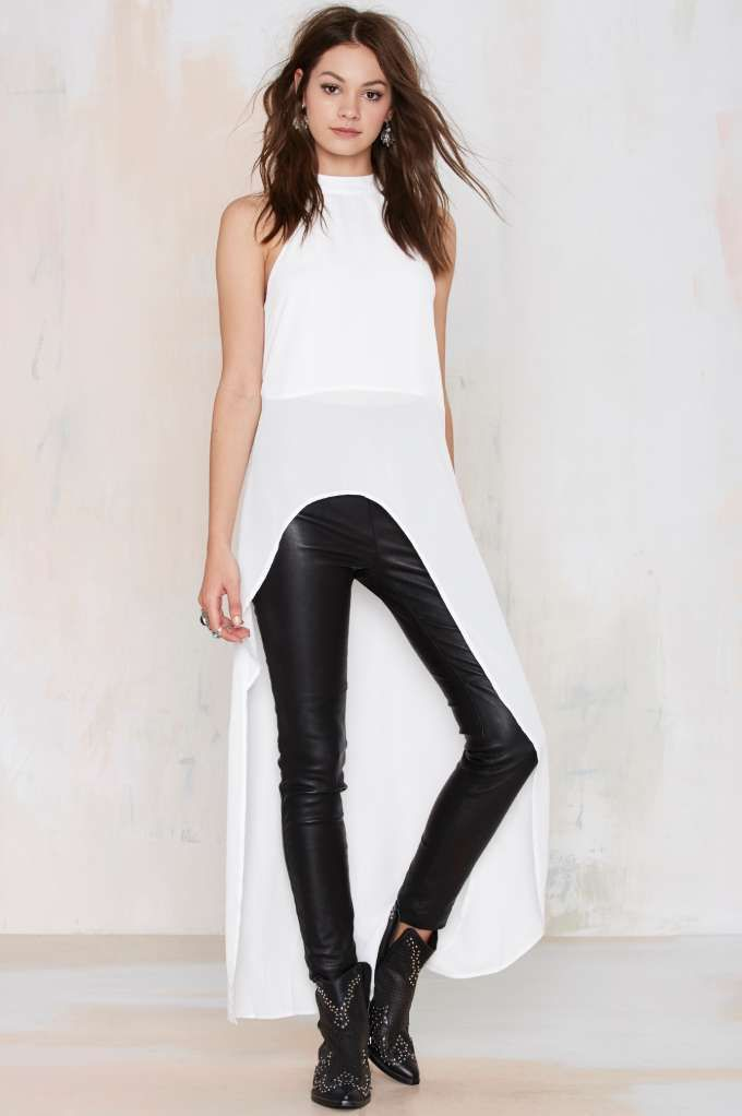 Nasty Gal's Blew Through It High/Low Maxi Top is an instant easy, breezy bombshell.