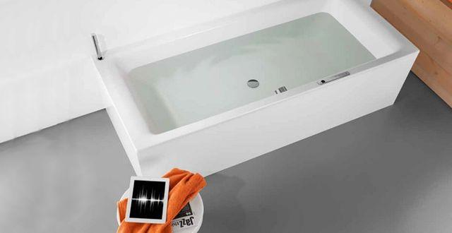 Un système audio transforme une baignoire en enceinte musicale - http://hellobiz.fr/un-systeme-audio-transforme-une-baignoire-en-enceinte-musicale/