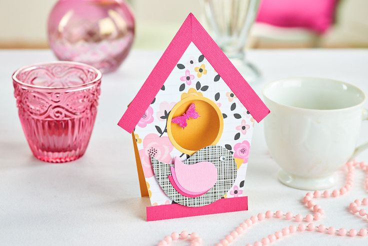 Birdhouse card - get the free template from PaperCrafter magazine