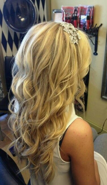 25 Best Ideas About Long Wedding Hairstyles On Pinterest: 25+ Best Ideas About Beach Wedding Hairstyles On Pinterest
