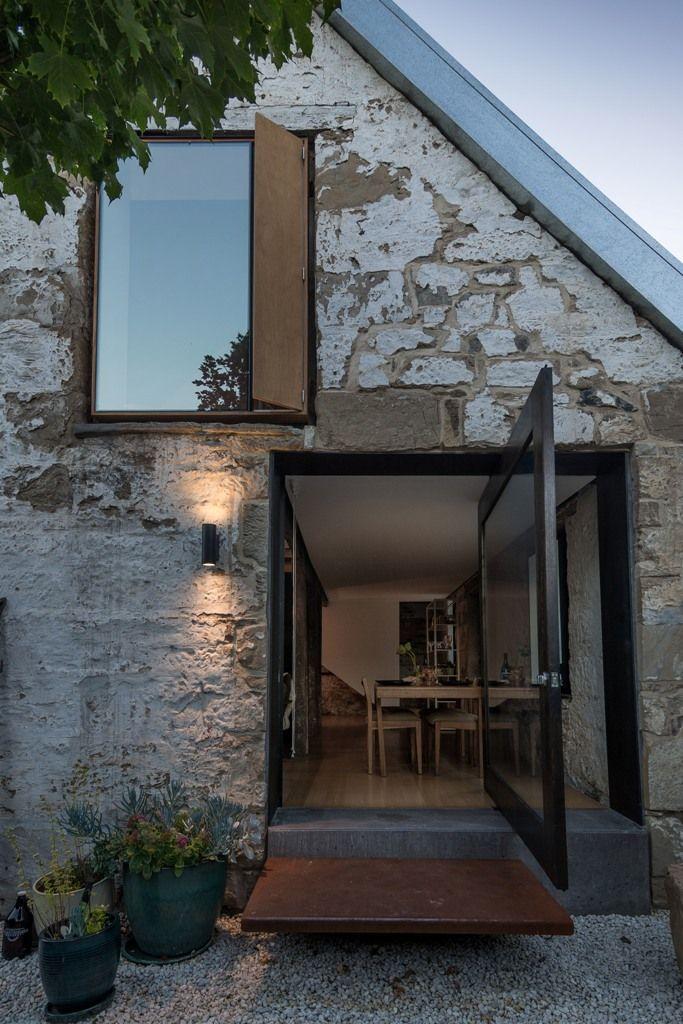 sehr schöne Fenster, vielleicht an Ost und Westseite der Scheune möglich?
