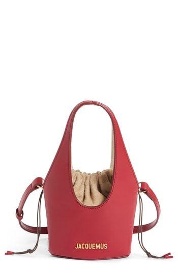 6ea50d17b017 Jacquemus Le Cariño Shoulder Bag