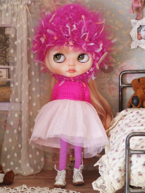 Ooak Custom Blythe Doll Sweater Hand Knit Hot Pink Top Tulle Dress Helmet Hat Stockings Outfit MOP Buttons