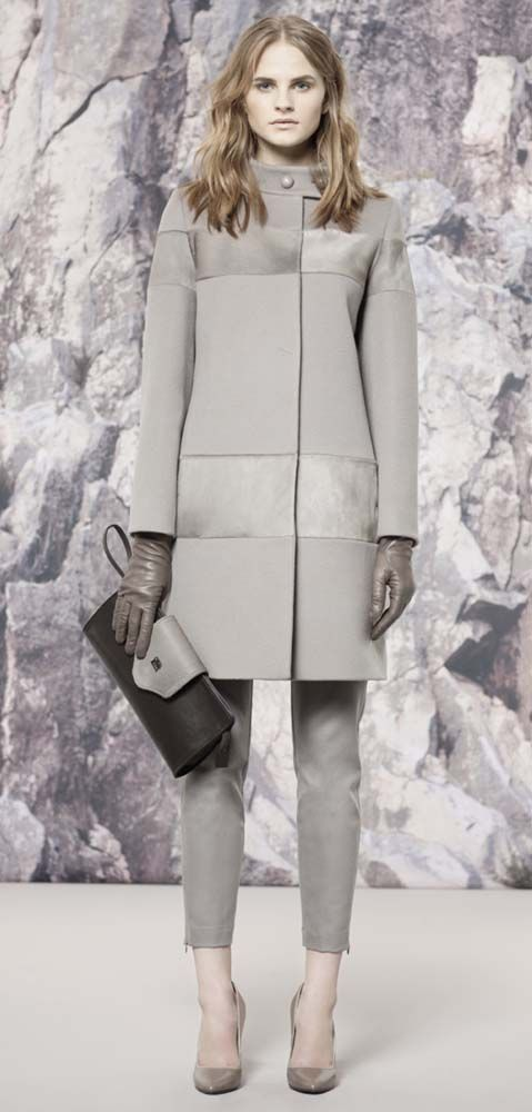 C Rocco....Classic Ladylike Fashion coat. We need this collection in the United States. Oh how we would buy it!