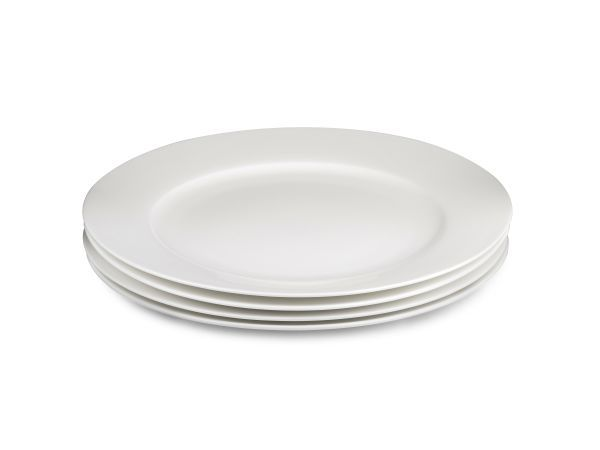 Yuppiechef Sonnet Rimmed Dinner Plates, Set of 4 - The Yuppiechef range of serveware has a classic design, is made to last, and is sure to suit any kitchen and table setting. These fine bone china rimmed dinner plates are delicate but durable, perfect for any occasion from a formal dinner party to an evening meal with the family.#yuppiechefwedding