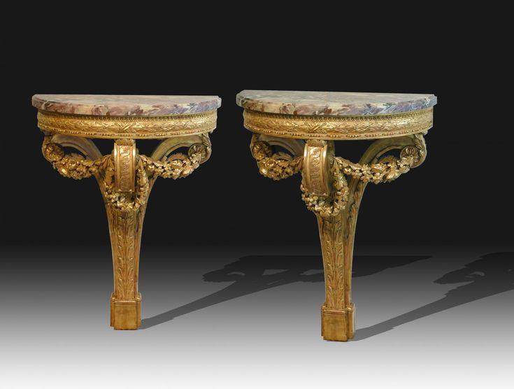 Paire de consoles demi lune en bois doré d'après un dessin de Lalonde - XIXe siècle - N.54515