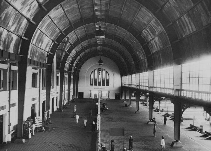 sejarah stasiun jakarta kota