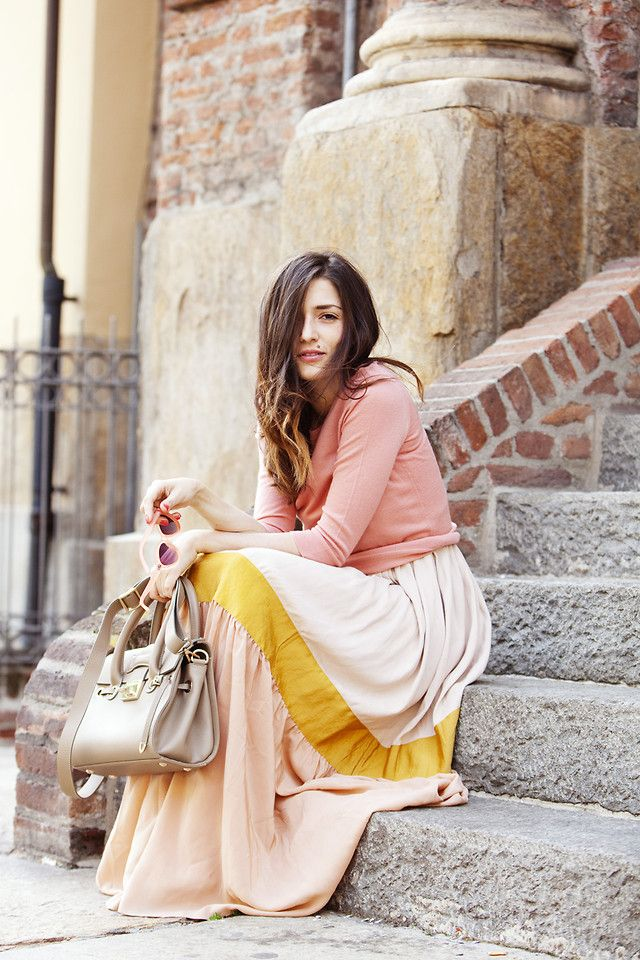 1 stripe skirt: Summer Street Style, Soft Colors, Long Skirts, Summer Outfits, Maxi Dresses Outfits, Outfits Ideas, Eleanor Carisi, Summer Clothing, Maxi Skirts