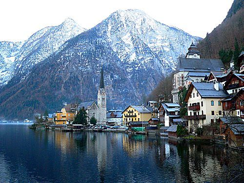 Austria's my favorite country, but I've only been to Innsbruck.  I'd love to go to Hallstatt next time!:)