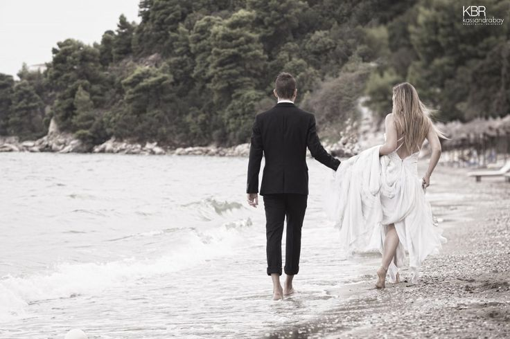 Walk side by side along the beach, relishing the enchanting surroundings. Allow us to prepare everything for you, so that your Skiathos wedding is truly what you have been dreaming of…and more! More at kassandrabay.com