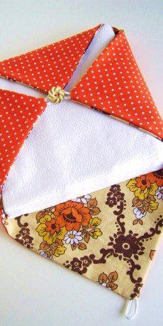 Porta-guardanapos de tecido.- Blog Pitacos e Achados -  Acesse: https://pitacoseachados.wordpress.com -  https://www.facebook.com/pitacoseachados -  #pitacoseachados