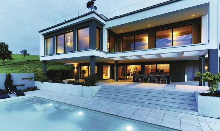 fertighaus weberhaus holzbauweise villa pool lakelucerne schweiz haus terrassendach. Black Bedroom Furniture Sets. Home Design Ideas