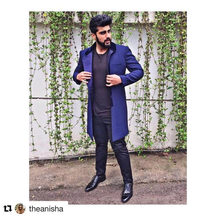 #Repost @theanisha (@get_repost) ・・・ @arjunkapoor in a @manishmalhotra05 layer,@allsaints tshirt, @tisa pants and @dior lace ups