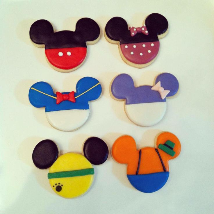 Mickey Mouse Clubhouse cookies for a special little boy's birthday! #mickeymouse #mickeymouseclubhouse @mjscustomcookies #mjscustomcookies @M J's Custom Cookies