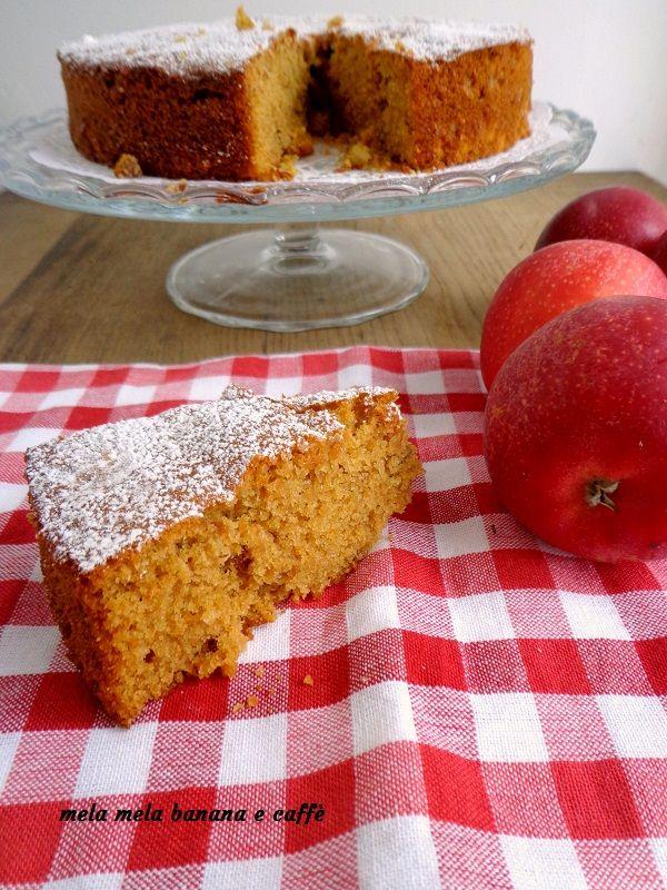 Dare il benvenuto all'autunno con questa torta di mele speziata è il buon proposito che ci farà trascorrere i mesi più freddi con il sorriso sulle labbra!