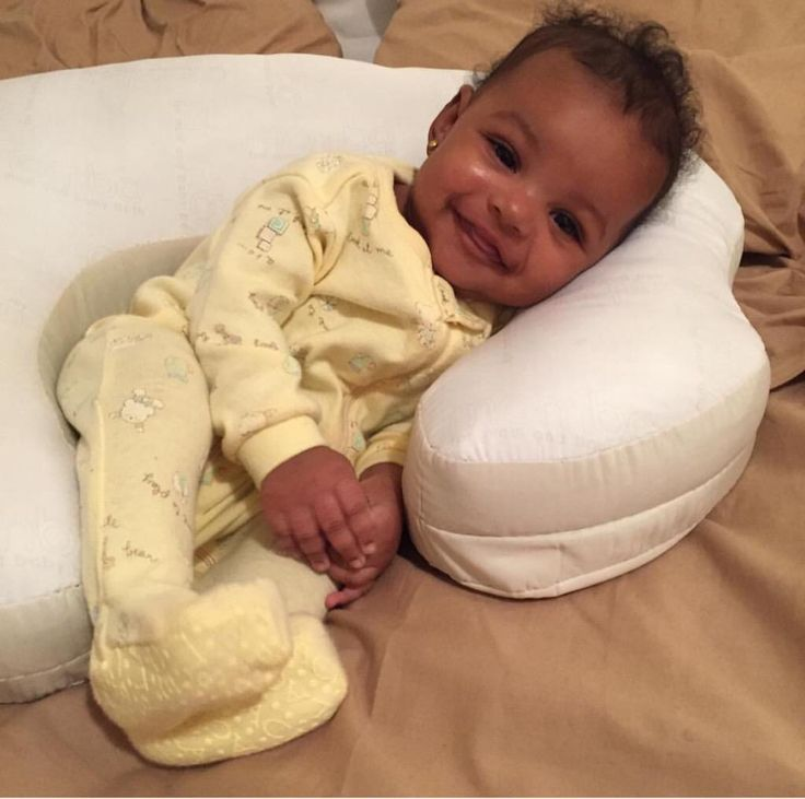 babycakesbriauna:  dayumshecangetit:    Precious little smush   aww, the smile face :)