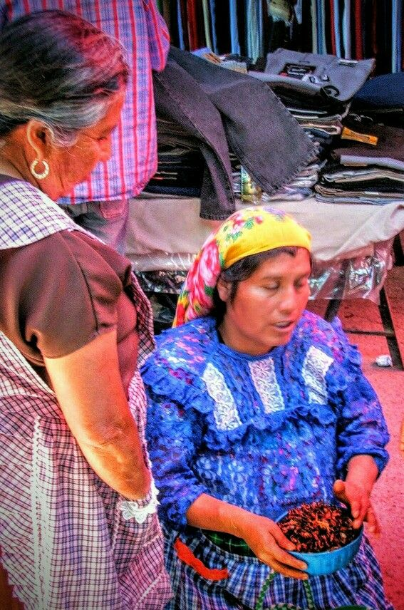 Blind woman selling chapulines (fried grasshoppers) at Tlacolula Market, #Oaxaca Valley, #Mexico #tt #TravelTuesday #travel #JustGo! #IFWTWA