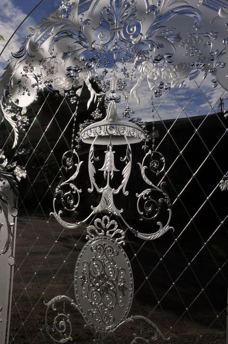 СТЕКЛЯННАЯ ПЕРЕГОРОДКА #artglass #артгласс #витражи #витражиспб #студияжогина #витраживинтерьере #изготовление витражей #витражиназаказ
