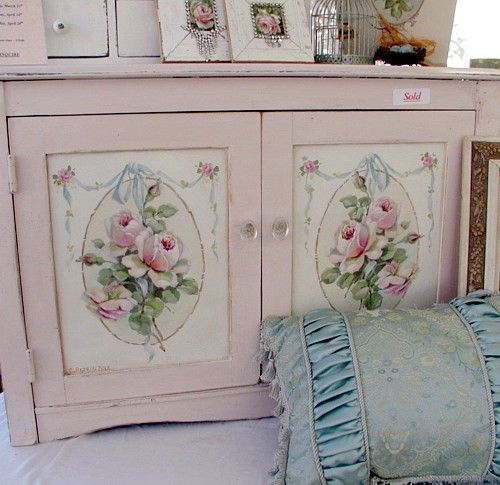 roses..Hands Painting, Painting Furniture, Shabby Chic, Christy Repasy, Painting Rose, Pink Rose, Shabbychic, Cabinets Doors, Painting Cabinets