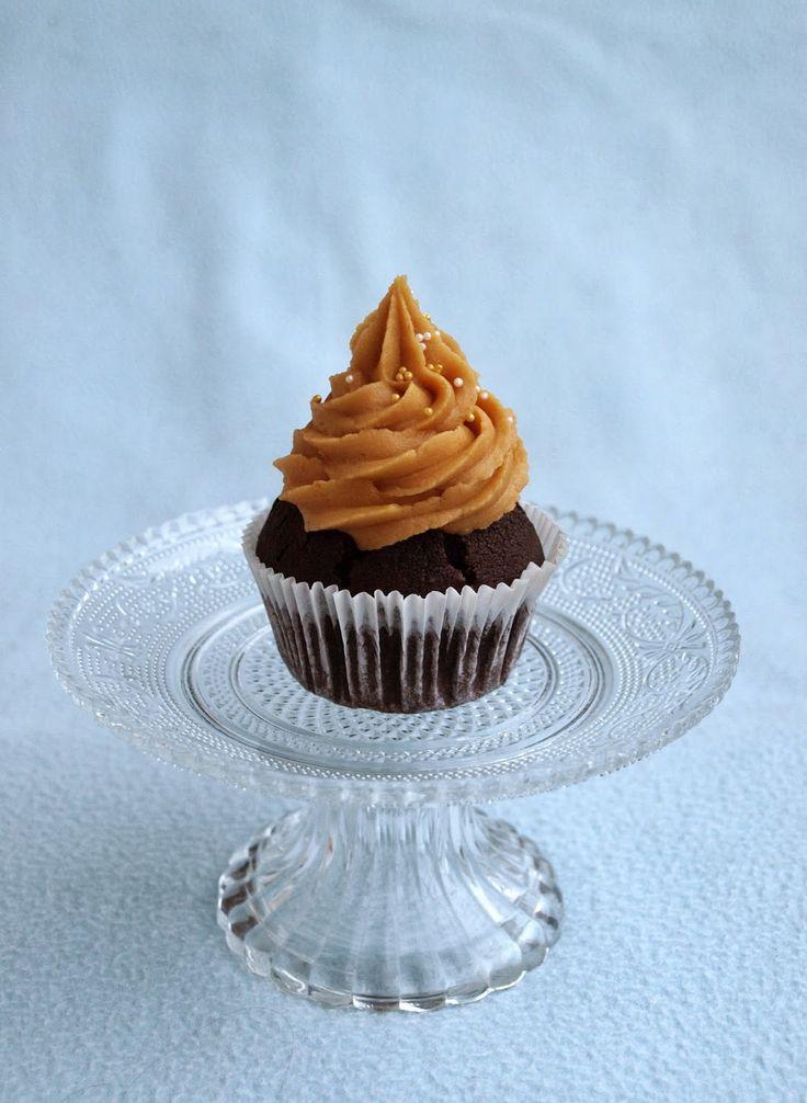 CHEZ LUCIE: Cupcakes s burákovým máslem