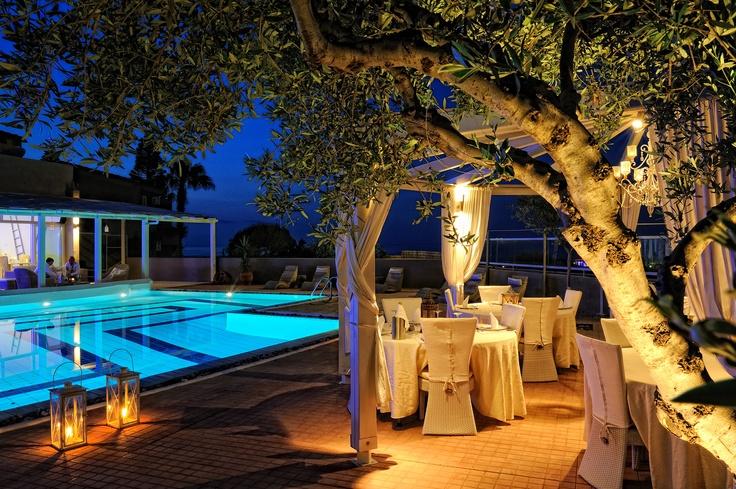 Paradise Island Villas - Ambrosia Restaurant (Outdoors)