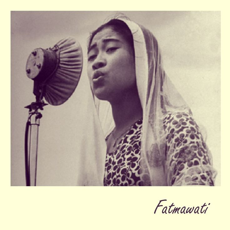 Dibalik kesuksesan seorang pria, terdapat sosok perempuan hebat dibelakangnya. Begitu pula sebaliknya. Seperti ketujuh First Lady berikut ini yang memiliki ragam kisah unik yang pernah mewarnai sejarah dunia.  Memperingati Hari Kartini di bulan April ini, baca artikel The Story of First Lady dari majalah http://ow.ly/10vN8L  Tag seorang dihidupmu yang memiliki sosok seperti Ibu Kartini smile emoticon  #IbuKartini #KartiniDay #Fatmawati #majalah #LetsPlay #baca #HIGOapps…