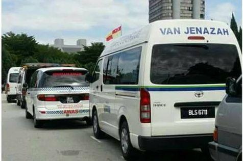 15 Pemandu van jenazah diperdaya Jamal konon ada pengambaran dengan bayaran RM300   Ketua Pemimpin Gerakan Baju Merah Datuk Seri Jamal Yunos didakwa memperdaya 15 pemandu van jenazah pada demonstrasi di hadapan kompleks Kerajaan Negeri (SUK) semalam.  15 Pemandu van jenazah diperdaya Jamal konon ada pengambaran dengan bayaran RM300  Menurut sumber kepada SelangorKini mereka dimaklumkan pihak Jamal kononnya satu sesi pengambaran (shooting) dibuat di SUK tanpa didedahkan sebarang butiran…