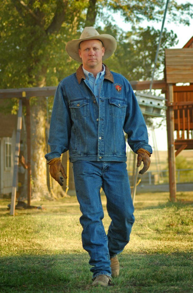 Google Image Result for http://photos1.blogger.com/blogger/7688/2898/1600/DSC_0084.0.jpg Pioneer Women (Ree Drummond's) Marlboro Man :)