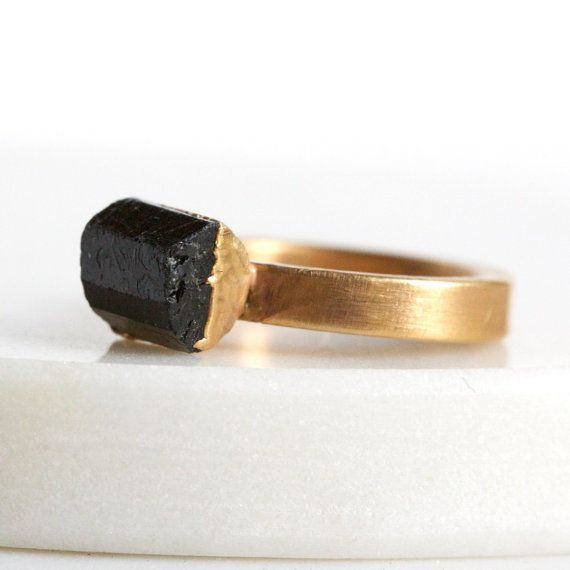 black tourmaline ring / tourmaline jewelry / black stone ring / black tourmaline crystal / crystal ring / mineral ring / solitaire ring