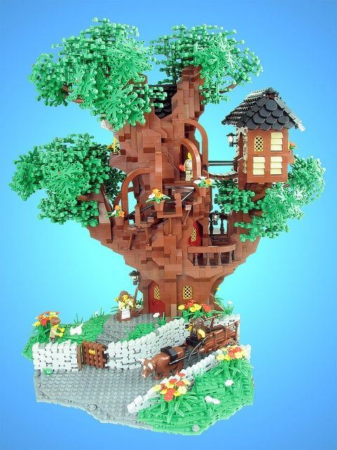Legos tree house